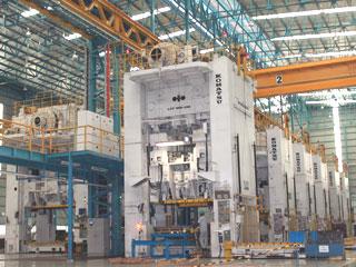 インドネシア第2工場 プレス1